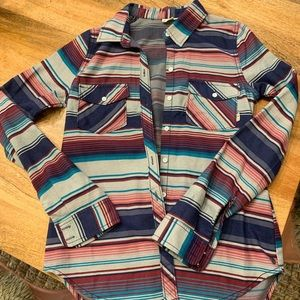 Roxy button up collared shirt